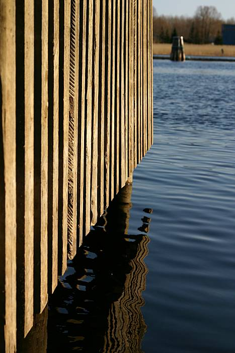 Pier structures and water