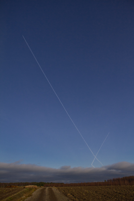 Contrails making an X in the sky